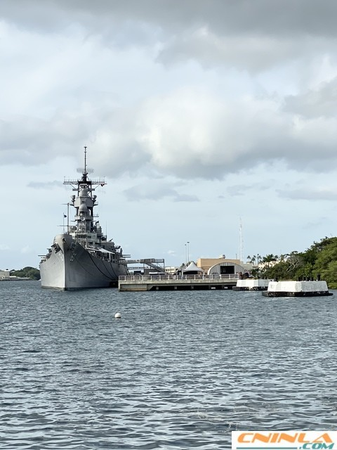 Pearl_Harbor_Arizona_Memorial_2_480x640
