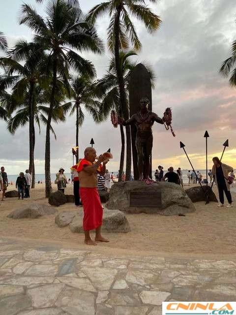 Waikiki_Beach_2_480x640