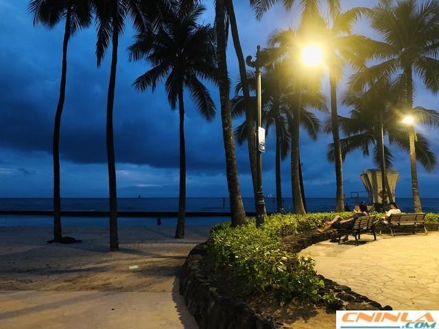 Waikiki_Beach_4_640x480