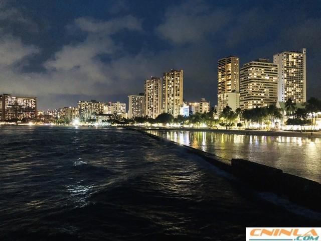 Waikiki_Beach_6_640x480